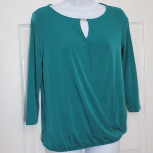 NEW YORK & COMPANY KEYHOLE TOP SIZE XS